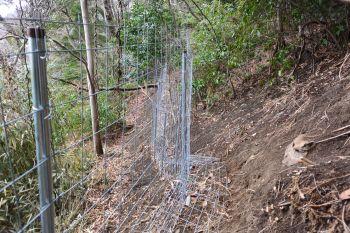 金属柵「イノシッシ」設置完了