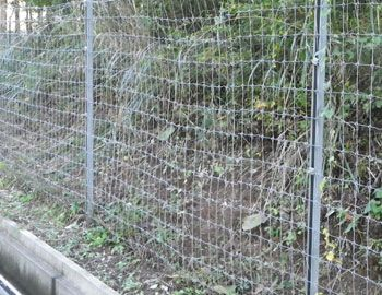 鳥獣被害対策用金網フェンス